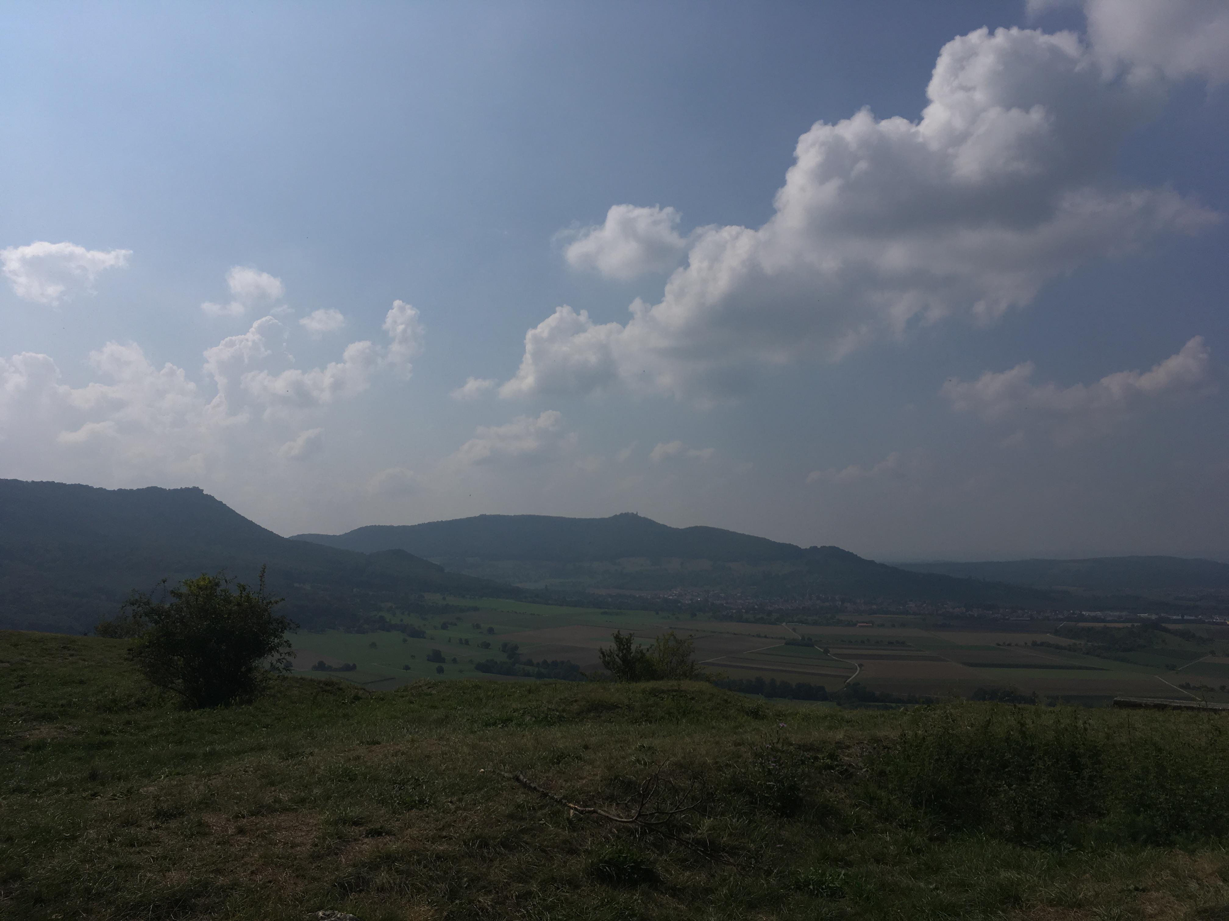 Ausblick vom  Berg Limburg an den Rand der schwäbischen Alb